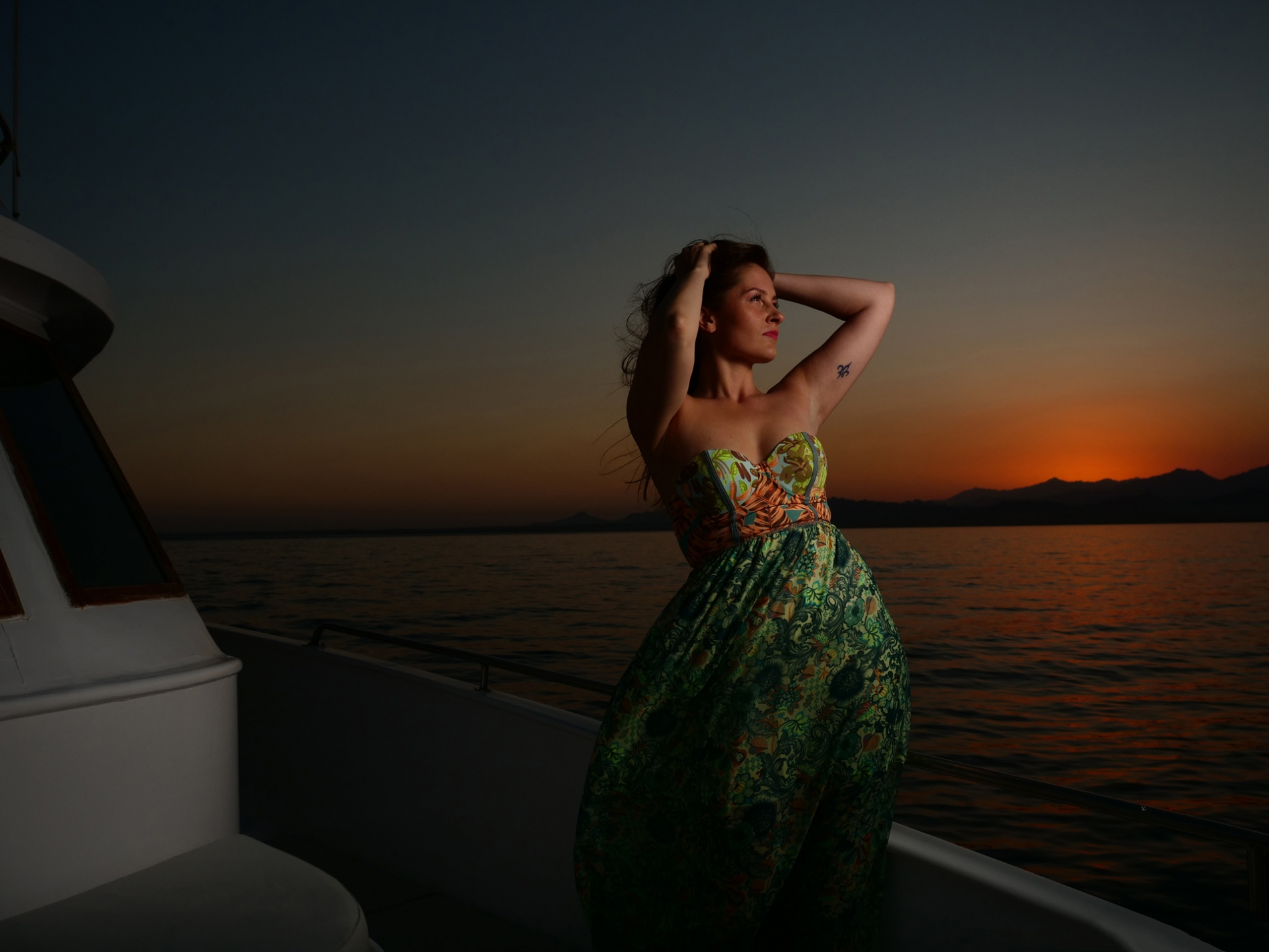 girl-at-sunset