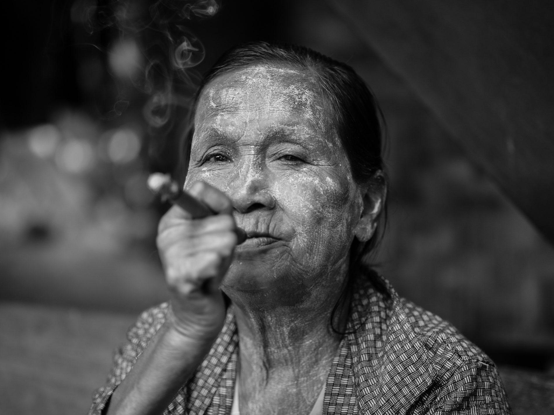 Old-woman-smoking-cigar