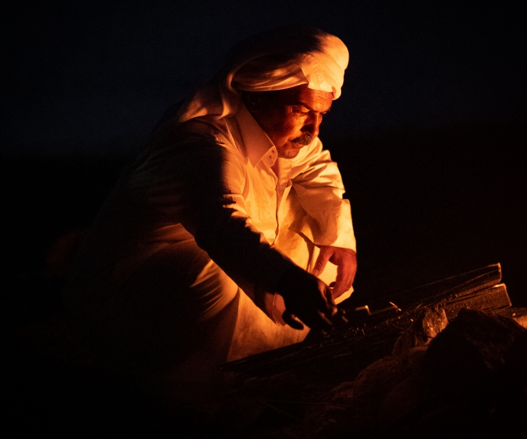 bedouin-by-fire